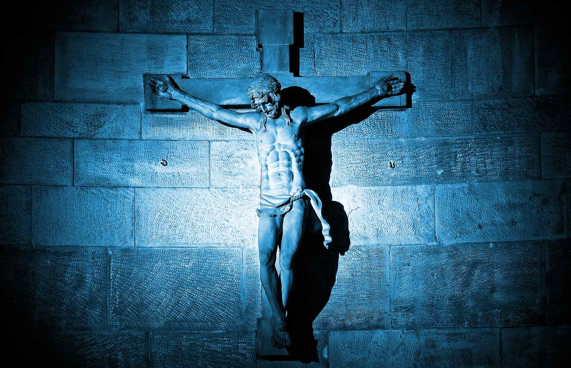 Jesus Crucified Statue